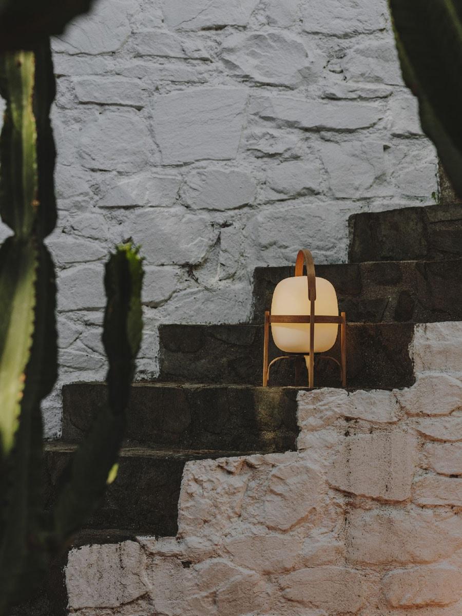 Akkul Tischleuchte Cestita Bateria von Santa & Cole