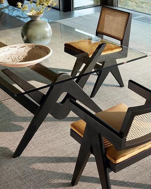 Der Capitol Complex Chair von Cassina ist eine Hommage an Pierre Jeanneret
