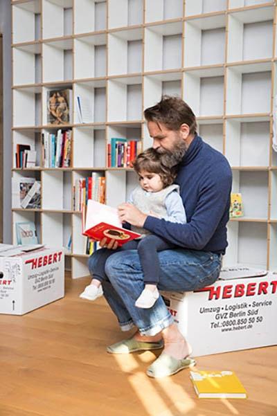Im FNP Regal von Moormann werden alle Bücher Platz finden