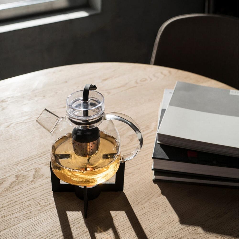 Menu Teekanne in modernem Design