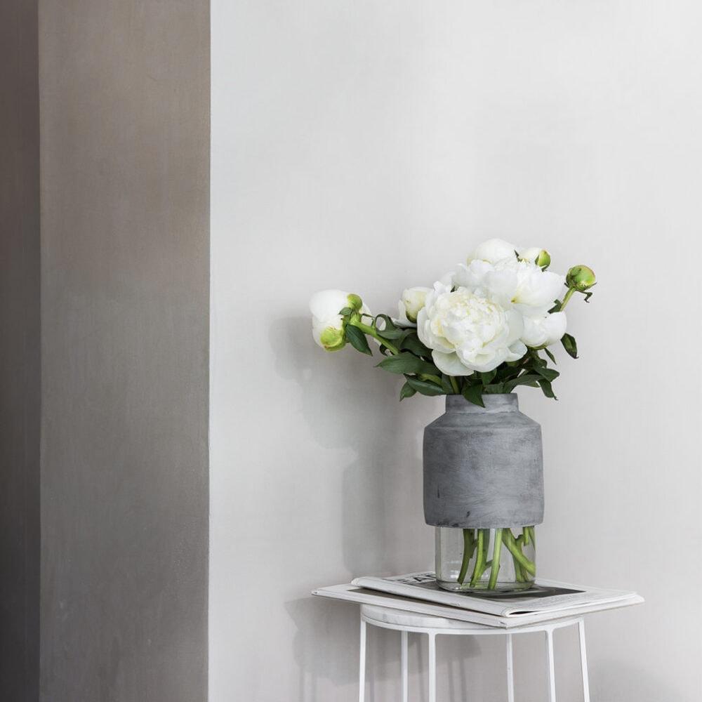 Die Willmann Vase von Menu spielt mit Gegensätzen