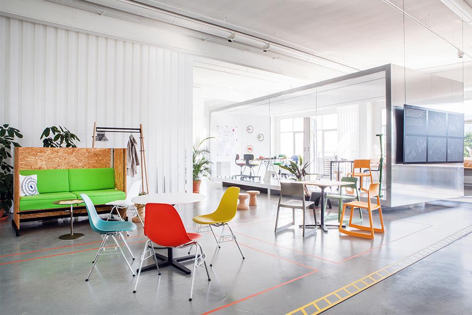 New Work Open Space Office mit Workbox Think Tank