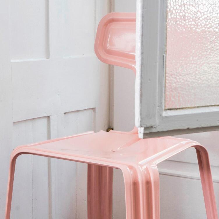 moormann pressed chair neurosa