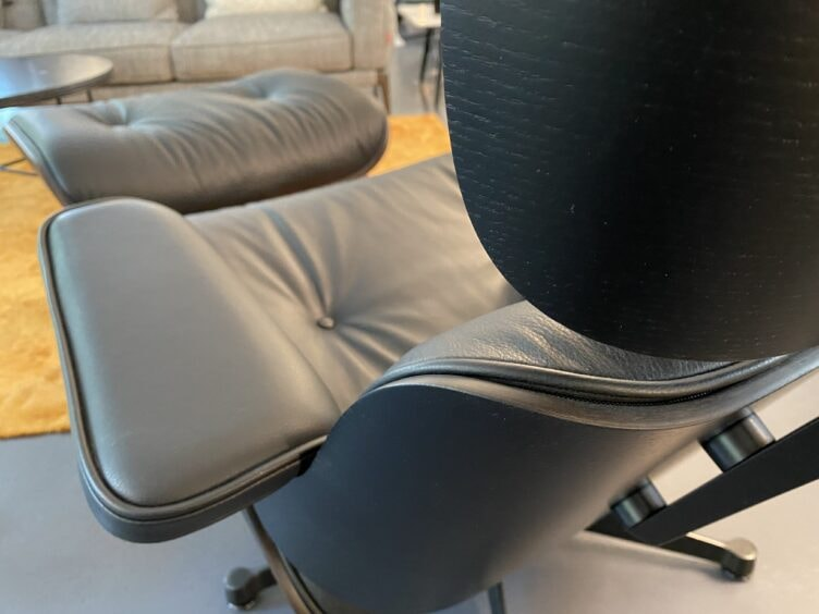 vitra-eames-lounge-chair-esche-schwarz-nero-2