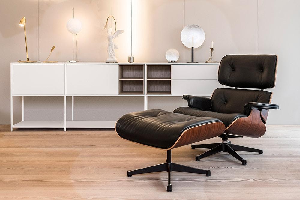 Domus Ausstellung Eames Chair