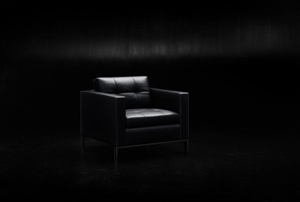 Ein Meisterwerk besonderer Handwerklichkeit bildet die Foster 502 Serie.