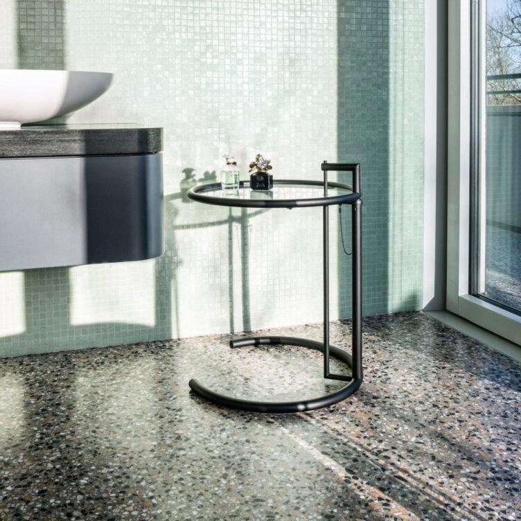 ClassiCon-adjustable-table-e-1027-black-version