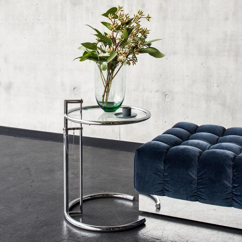 Adjustable Table E 1027 von Eileen Gray