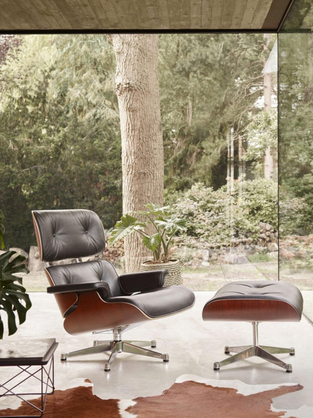 Der Vitra Eames Lounge Chair kann über Generationen weitergegeben werden.