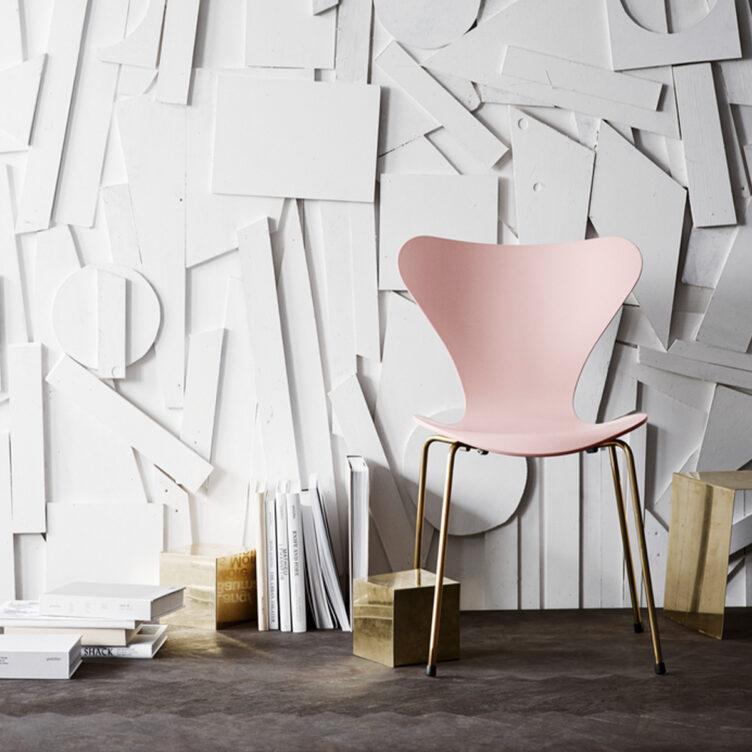 Fritz Hansen Serie 7 Stuhl in rose