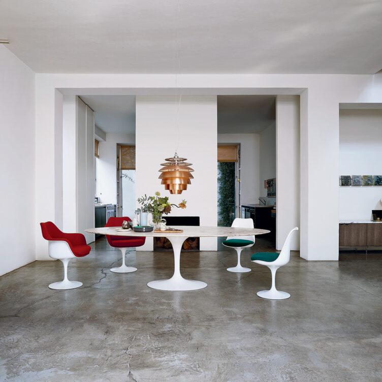 Der Tulip Esstisch wurde 1957 von Eero Saarinen für Knoll International entworfen