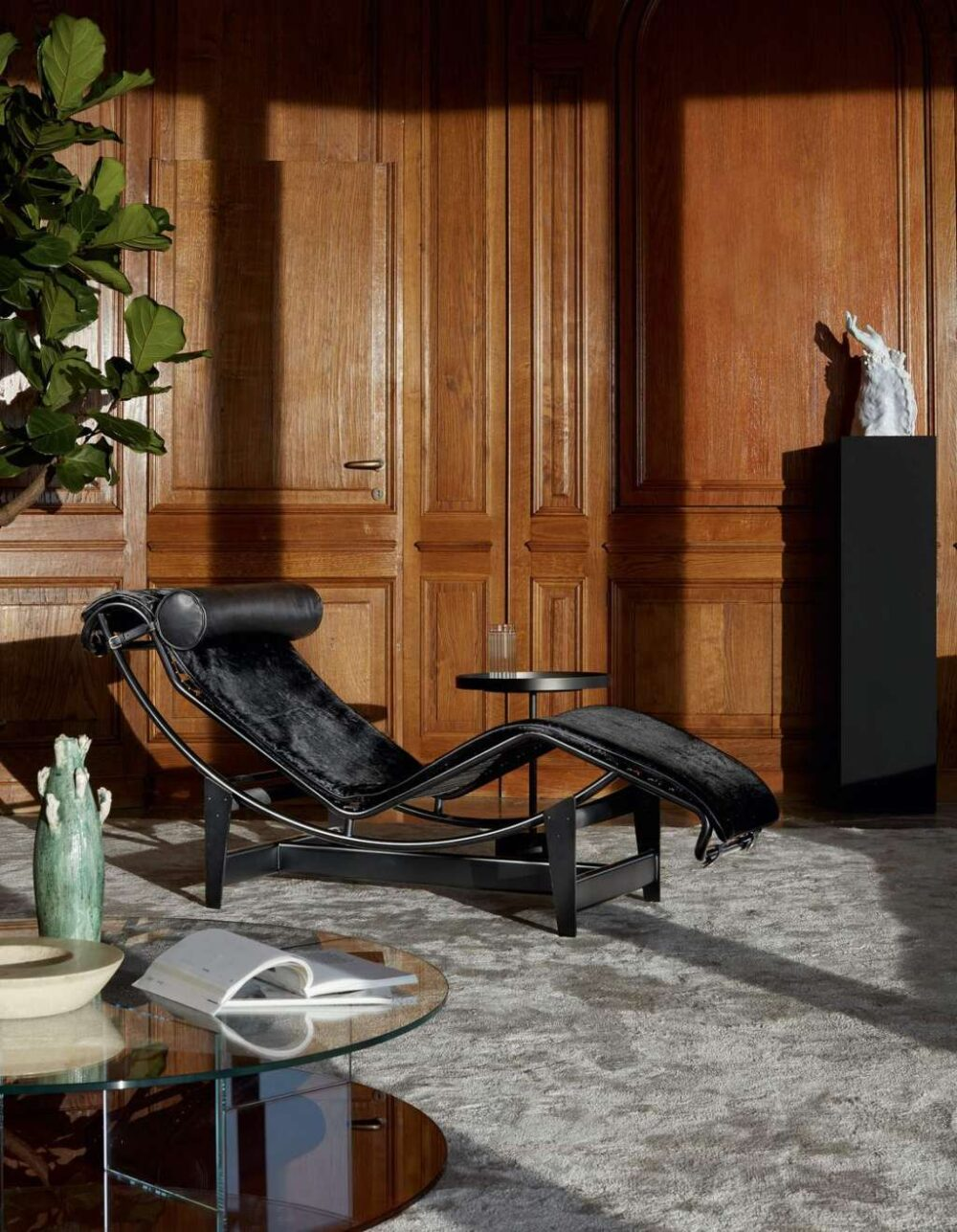 LC4 Chaiselounge, Cassina // Le Corbusier, Charlotte Perriand und Pierre Jeanneret (1928)