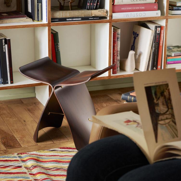 vitra-butterfly-chair-design-coffee-table-sori-yanagi